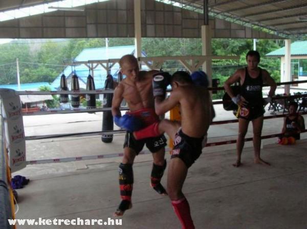 Thaiföldön edzenek