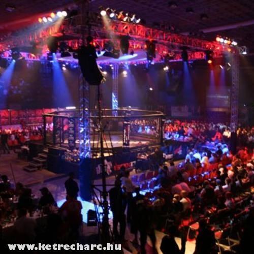 Az aréna